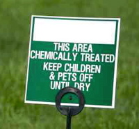 chemical lawn fertilizer sign