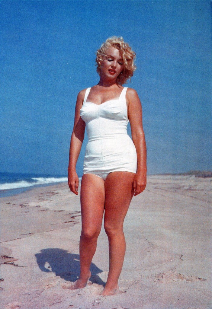 marilyn_monroe_beach_breeze